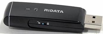 Флешка RiData с защитой от записи.
