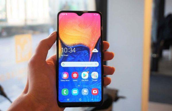 Стали известны характеристики смартфона Samsung Galaxy A10s