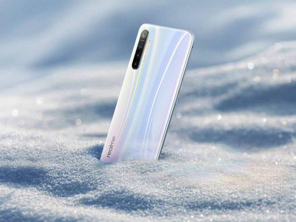 Опубликовано первое официальное изображение смартфона Realme XT