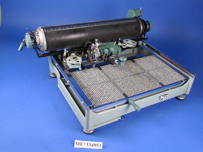 Старая печатная машинка