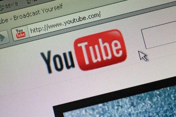 Простой способ, как скачать себе на компьютер или телефон видео с Youtube