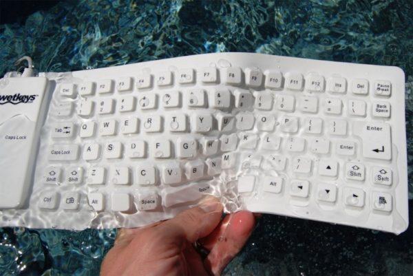 Кнопочное чудо-юдо: 7 самых странных компьютерных клавиатур, которые можно найти в продаже