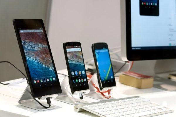 4 причины, почему ноутбуки и смартфоны отличаются по цене, хотя имеют идентичные параметры