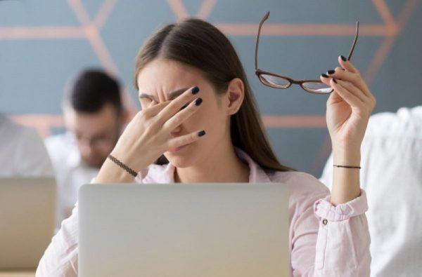 5 заботливых программ для компьютера, которые помогают сохранить зрение
