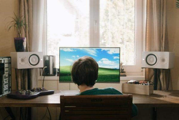 Педагог рассказала, как определить, что у ребенка появилась зависимость от компьютерных игр