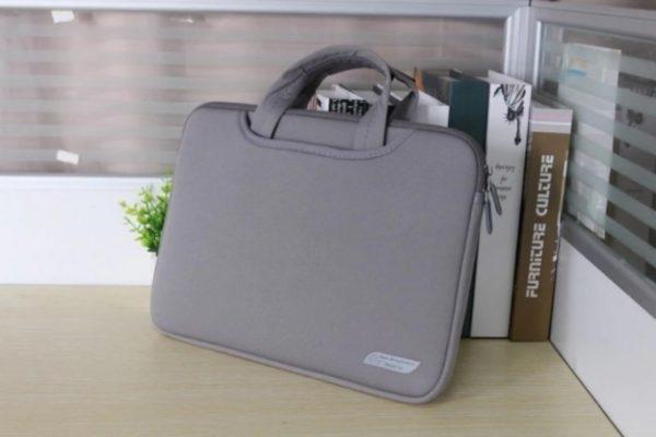 Яркие сумки для ноутбука с AliExpress дешевле 1500 рублей